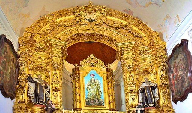 Detalhe de altar da igreja do Carmo, em Olinda, Pernambuco