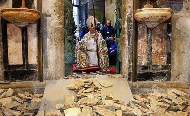 Abertura da Porta Santa em Santiago de Compostela dá início ao Ano Jacobeu