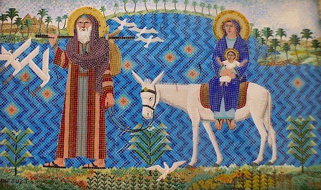 Mosaico em igreja copta na cidade do Cairo, no Egito, mostra a Sagrada Família na Fuga para o Egito