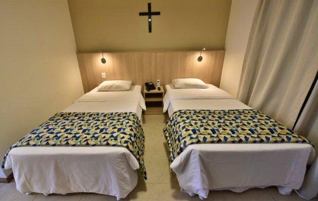 Detalhe de apartamento duplo do hotel Rainha dos Apóstolos - foto Thiago Leon